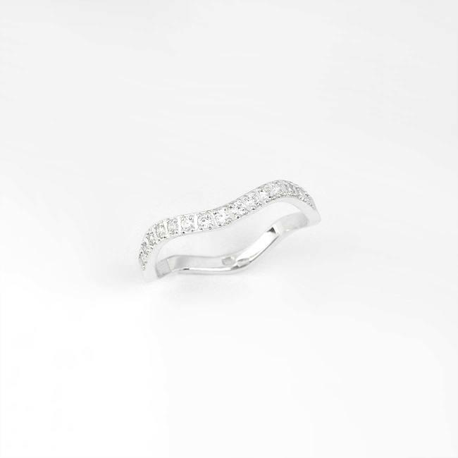 poročni prstan ženski vijugast diamanti