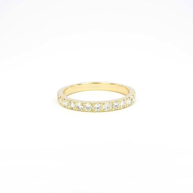 poročni prstan rumeno zlato diamanti cirkoni tanjši