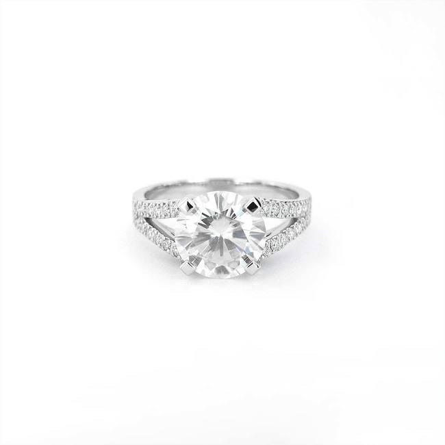 zaročni prstan večji dvojna rinka diamanti