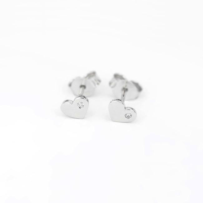 Hjärta örhängen med vitguld i sten
