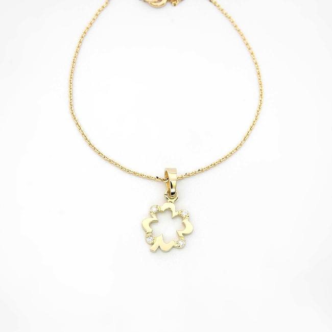 Pendente in oro Four Leaf Clover con quattro diamanti in oro giallo