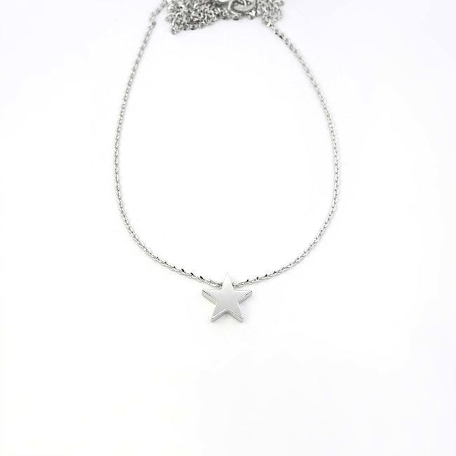 pendentif étoile minimal avec collier or blanc