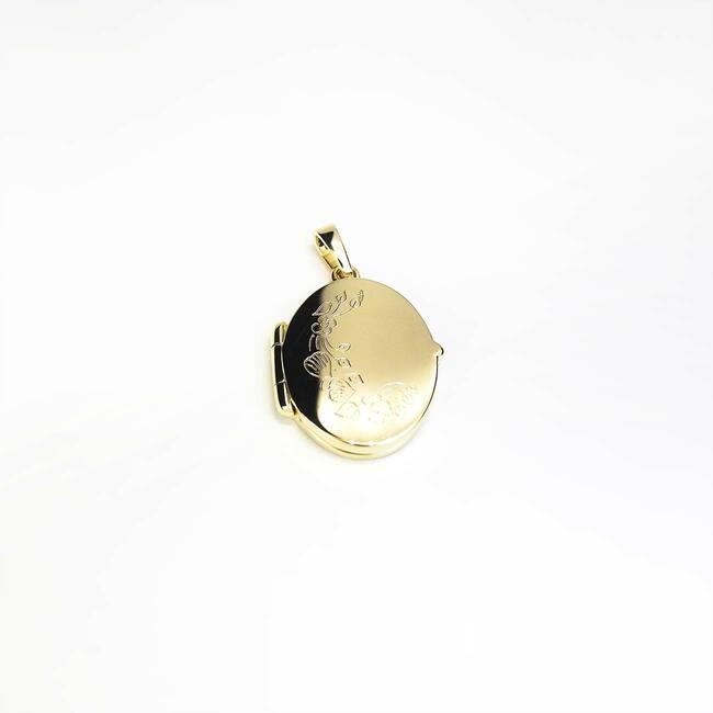 medaljon ovalne oblike majhen z gravuro