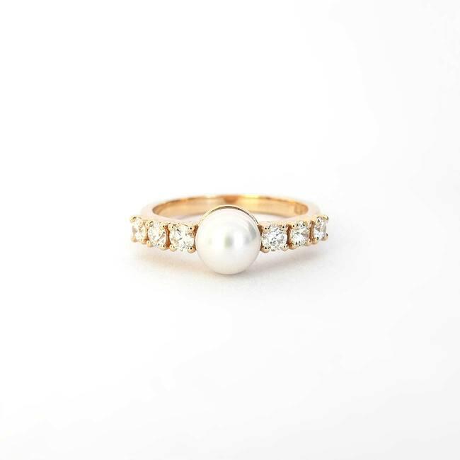 prstan roza zlato biser diamanti