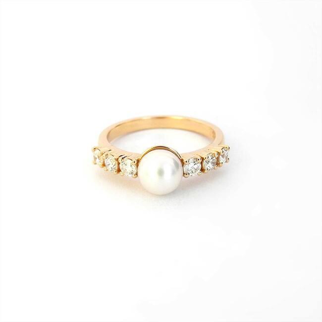 prstan roza zlato diamanti in biser