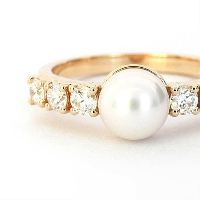 roza zlato prstan biser in diamanti