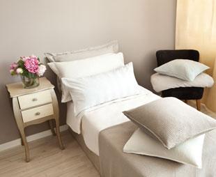 Verschiedene Möglichkeiten, Das Sofabett Zu Verwandeln Gästebett