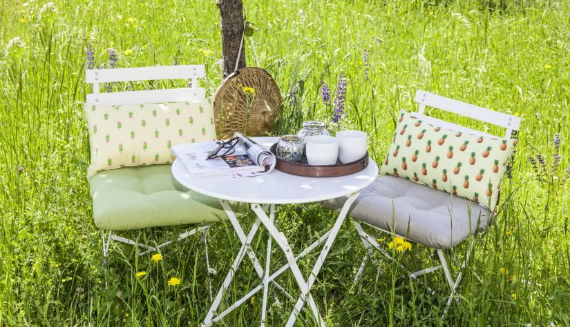 Schöne Gartenstühle