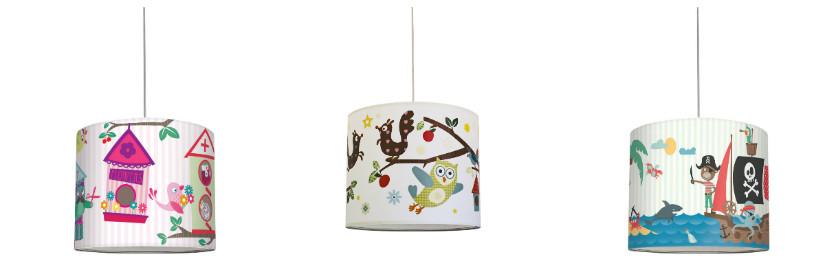 Kinderzimmer und Lampenschirme im verspielten Design
