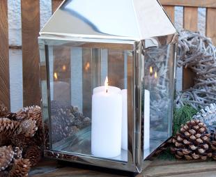 stumpenkerzen stilvoll reduziert bis 70 westwing. Black Bedroom Furniture Sets. Home Design Ideas