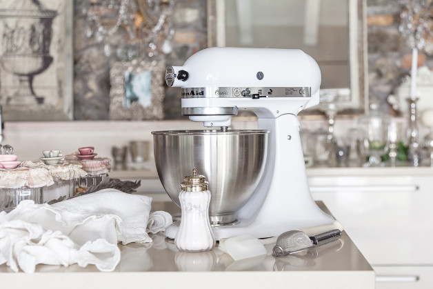 KitchenAid Rührgerät in weiß
