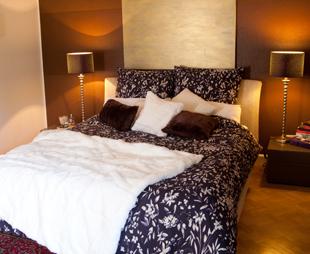 luxusbetten style trends rabatte bis 70 westwing. Black Bedroom Furniture Sets. Home Design Ideas