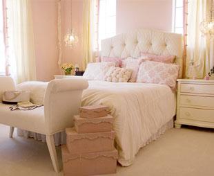 Das Bemalte Kopfteil Polsterbett Mit Bettkasten