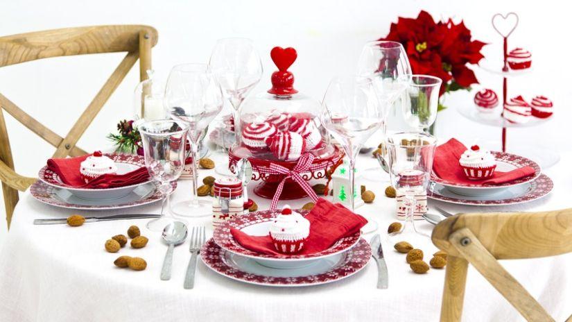 Weihnachtsmenue rot und weiß
