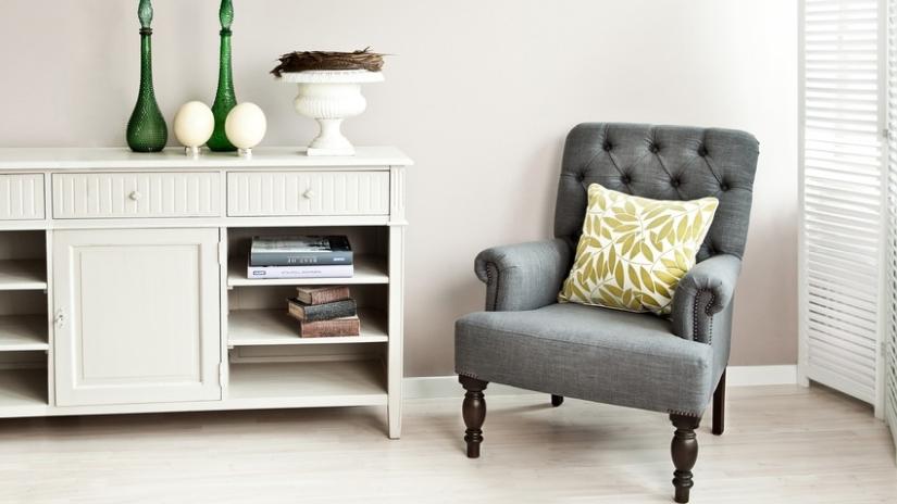 stuhl grau jetzt mit bis zu 70 rabatt westwing. Black Bedroom Furniture Sets. Home Design Ideas
