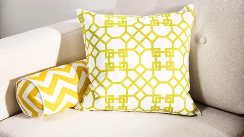 Kissen gelb und weiß