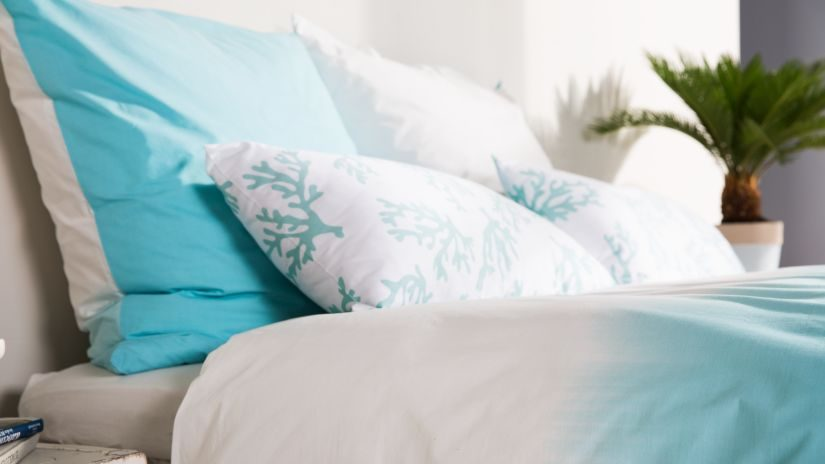 Maritime Bettwäsche blau und weiß