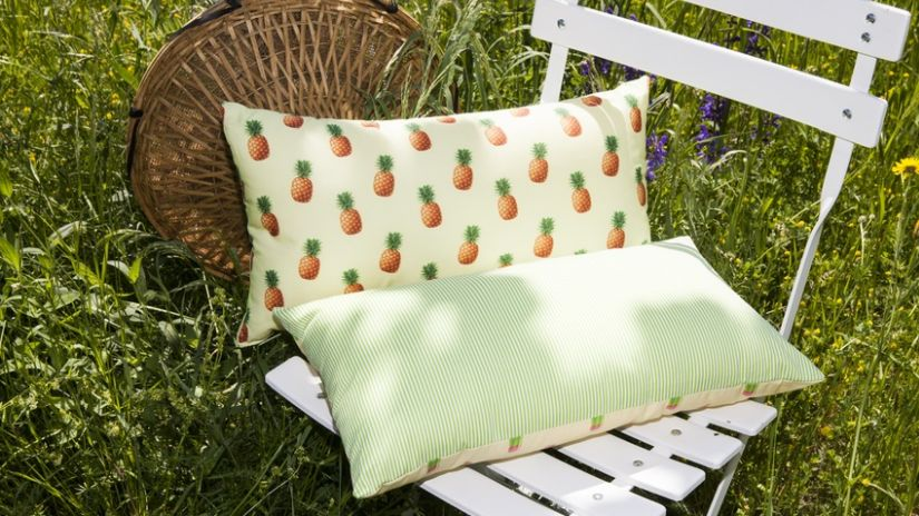 outdoor kissen jetzt online kaufen westwing. Black Bedroom Furniture Sets. Home Design Ideas