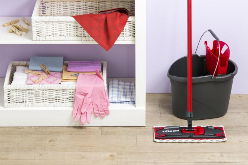 richtig fenster putzen ist ganz leicht westwing. Black Bedroom Furniture Sets. Home Design Ideas