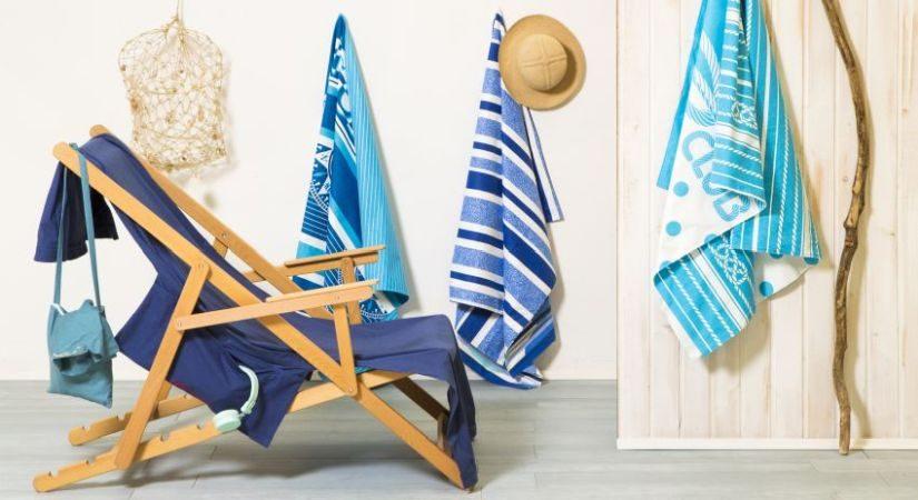 Große Handtücher Türkis und blau