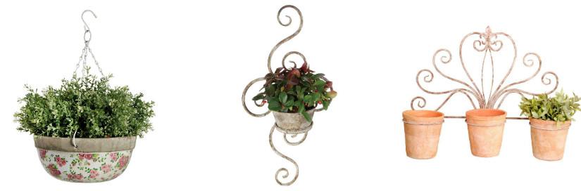 Hängekübel für die Pflanzen auf der Terrasse
