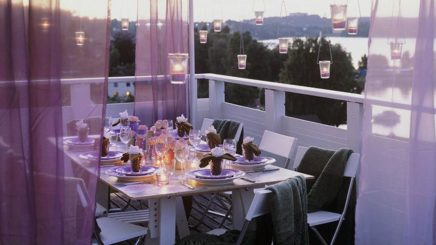 balkon holzboden sonnenuntergang