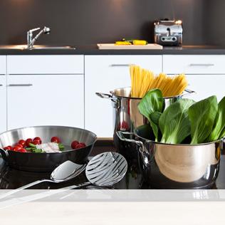 k chenger te helfer beim kochen und backen. Black Bedroom Furniture Sets. Home Design Ideas