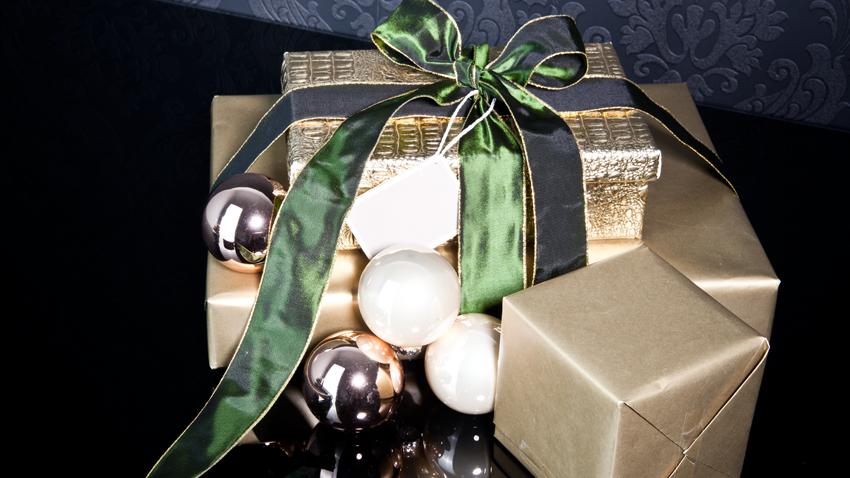 Geschenk - Weihnachten - Christbaumkugeln