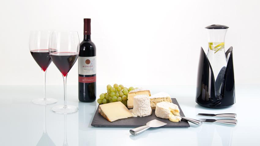 Wein - Glas- Flasche - Käse