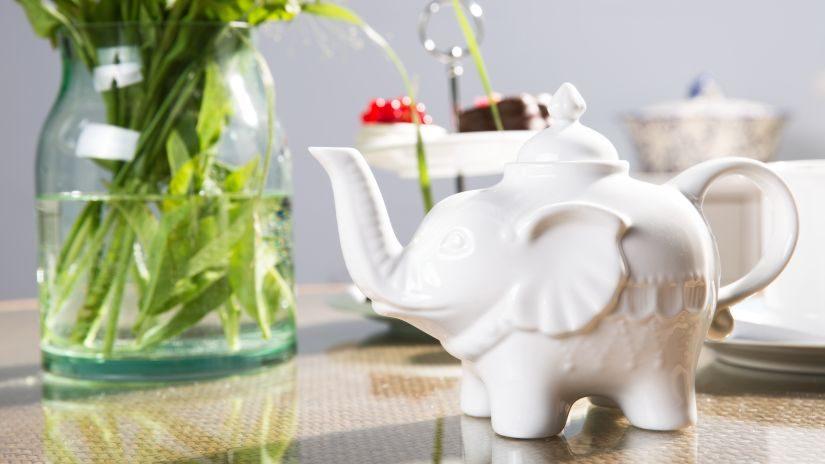 Eelefant Teekanne aus keramik