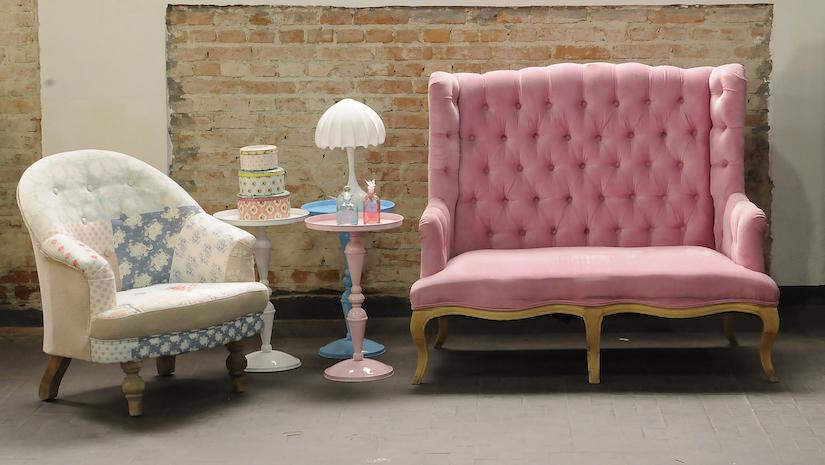 Sofa Rosa im Industrial Stil