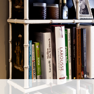 Bücherregale