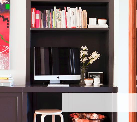 regale und schr nke f r jeden raum westwing. Black Bedroom Furniture Sets. Home Design Ideas