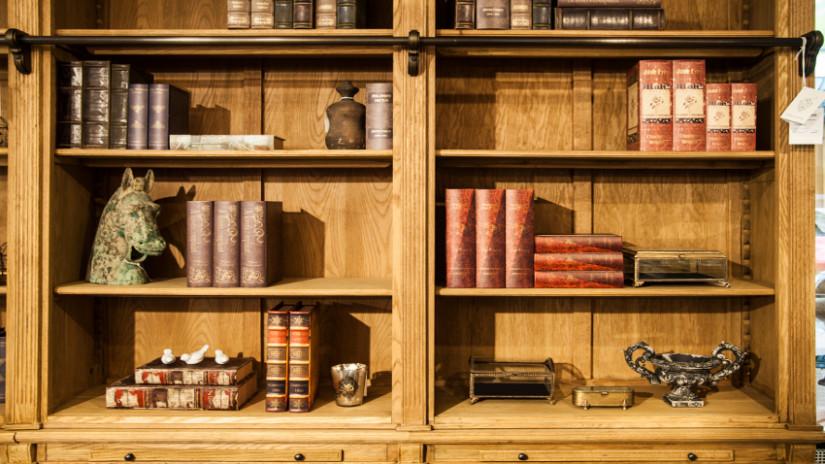 Wandschrank selber bauen im klassischen Design