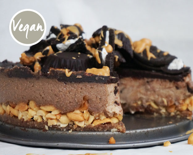 Raw Peanutbutter Chocolate Cheesecake