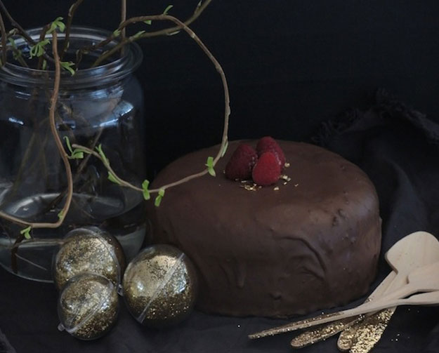 Dekadenter Schokoladenkuchen mit Kokosblütenzucker