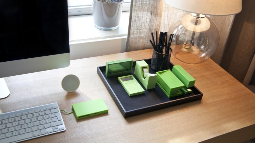 aprende a combinar el escritorio de madera maciza en diferentes estilos