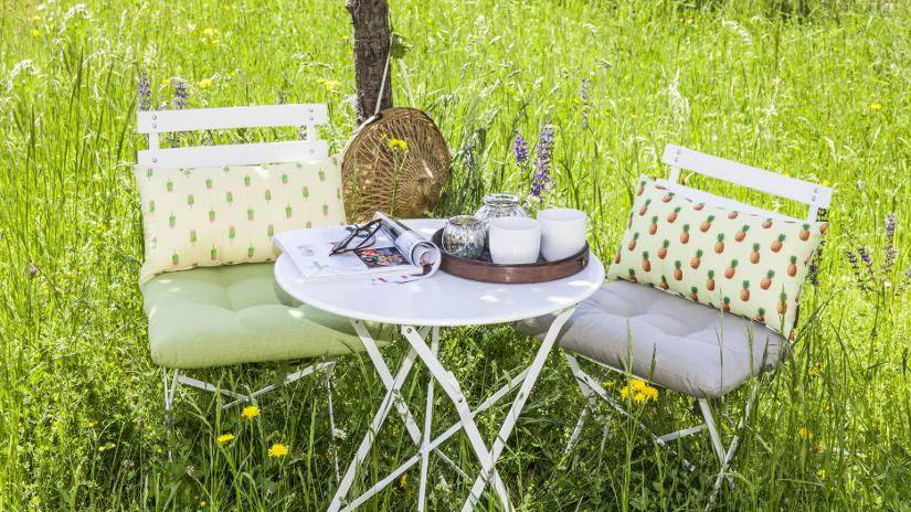 Cojines para sillas comodidad y estilo westwing for Cojines jardin
