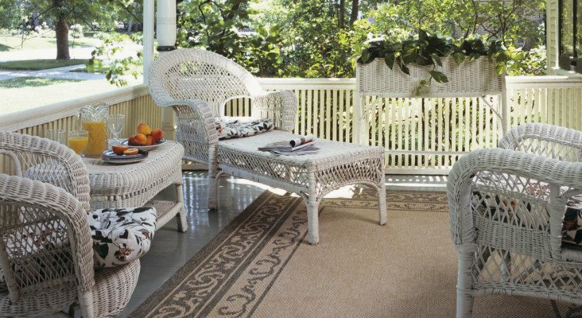 Sillas y sillones de mimbre sillones colgantes diseo for Sillones para patio