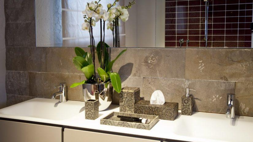 Diseño de baños gris