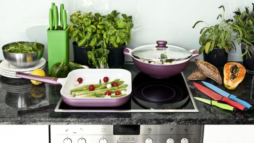 Plancha cocina de manera r pida y saludable westwing - Limpiar plancha cocina ...