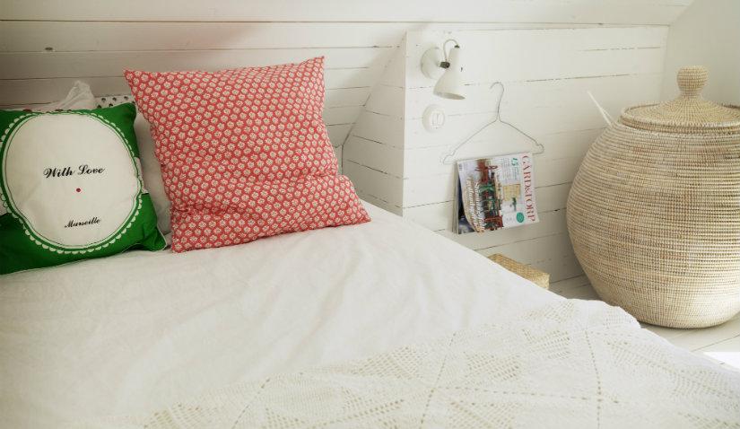 dormitorio minimalista rústico