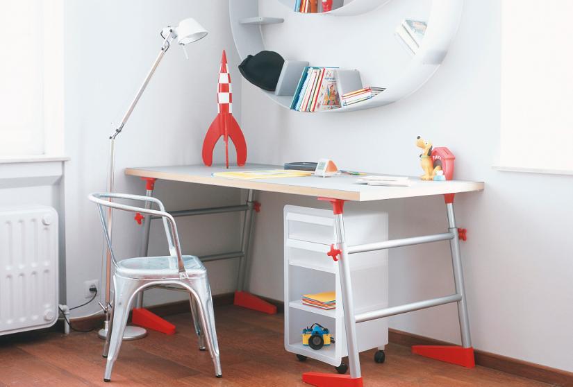 Mesas infantiles diversi n y trabajo westwing - Mesita con sillas infantiles ...