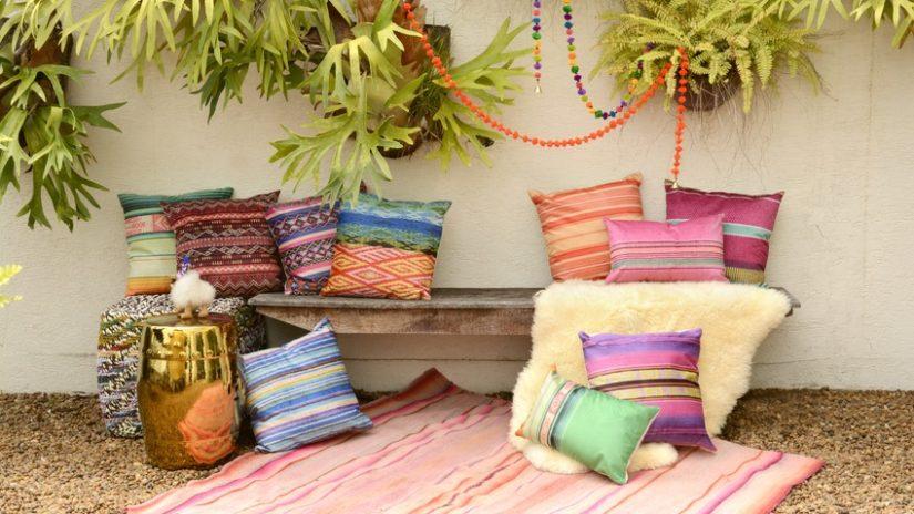 patios pequeños color