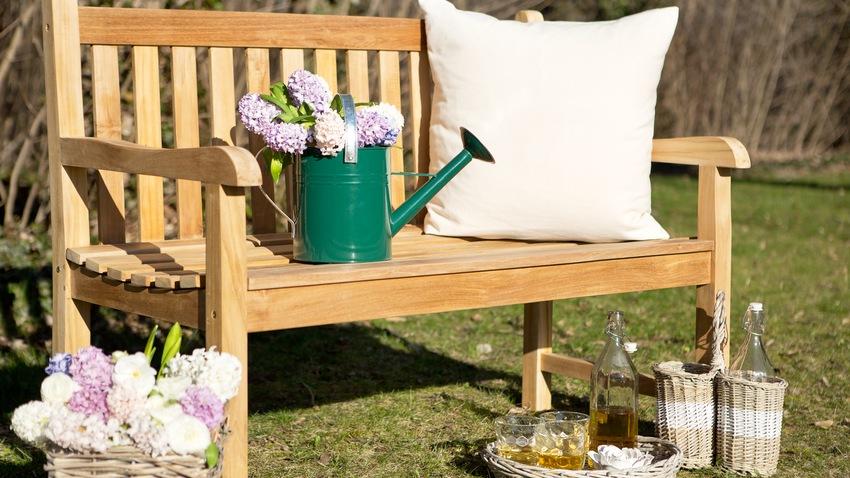 Bancos para patios: consejos de estilo | WESTWING