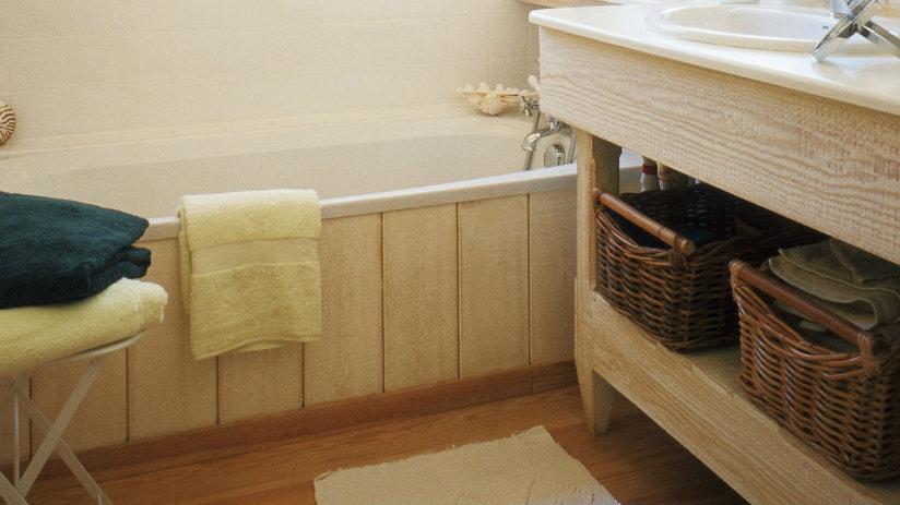 baño rústico cestas de mimbre