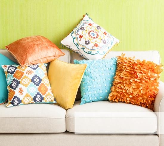 Cojines color y estilo en tu casa westwing - Cojines grandes ...