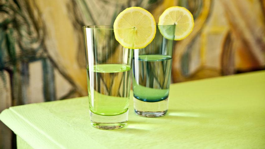 vasos de colores