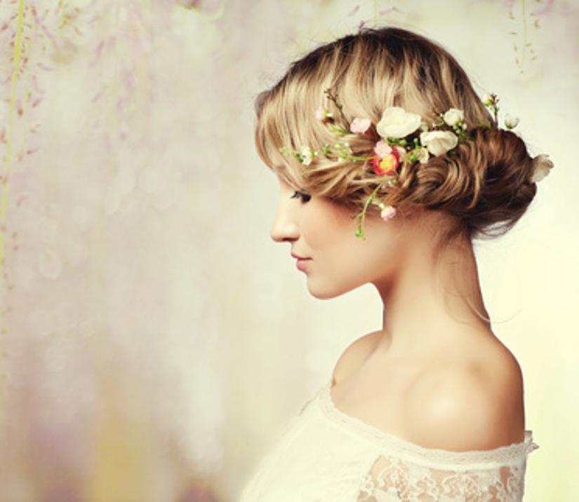 Broches Para El Pelo Originales Y Unicos Westwing - Flores-en-el-pelo-para-bodas