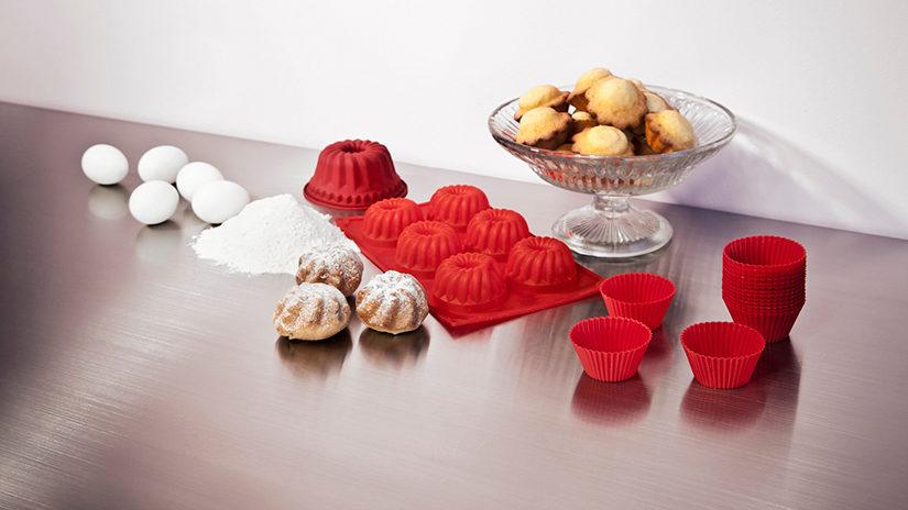 utensilios de cocina, moldes para cupcakes